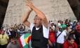 Na foto, o líder da greve dos PMs, Marcos Prisco