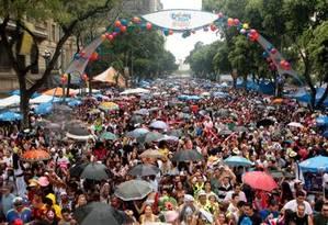 Bola Preta em 2011 lota a Presidente Vargas Foto: Gustavo Stephan / O Globo