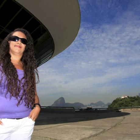 NANI RODRIGUES: paixão por Niterói motivou a criação do projeto Foto: Luiz Ackermann