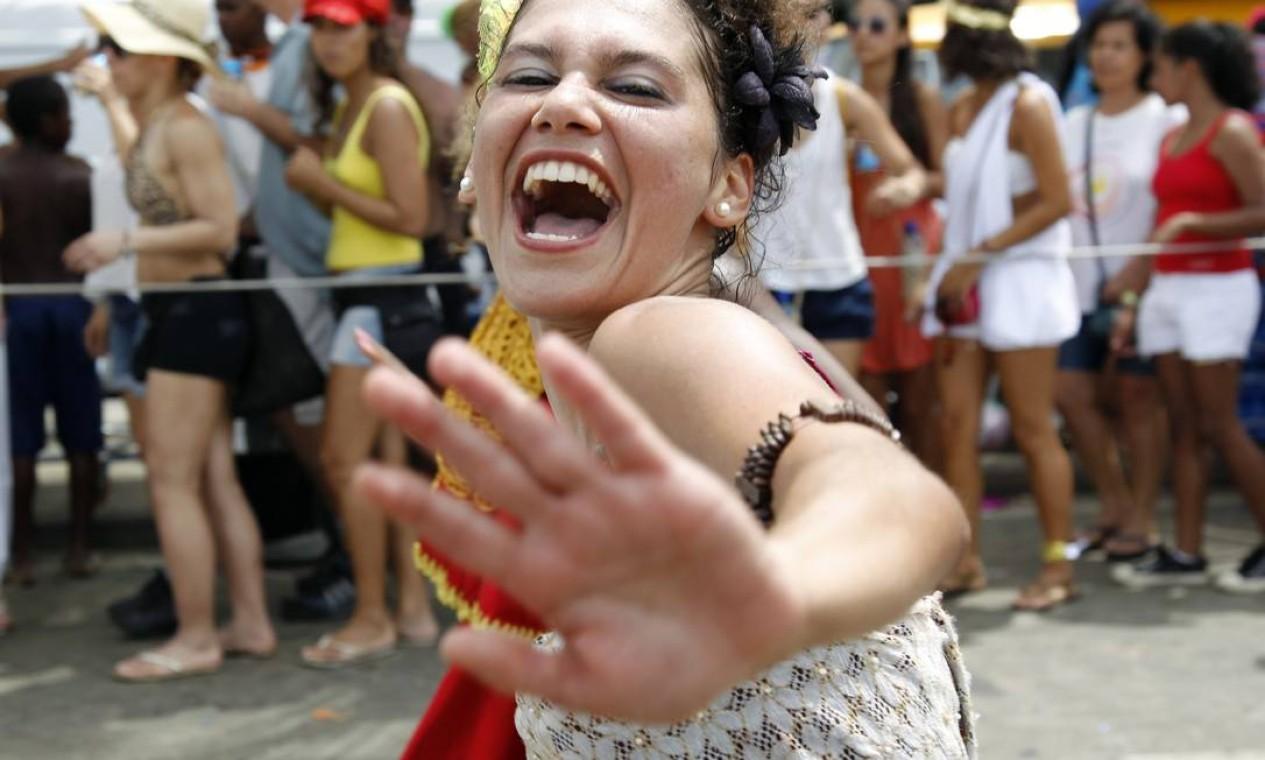 Eles deram início ao desfile às 10h30min desta terça-feira Foto: Agência O Globo / Mônica Imbuzeiro
