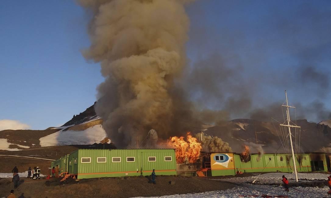 Marinha informa que 70% das instalações da Estação Comandante Ferraz foram destruídas Foto: Reuters