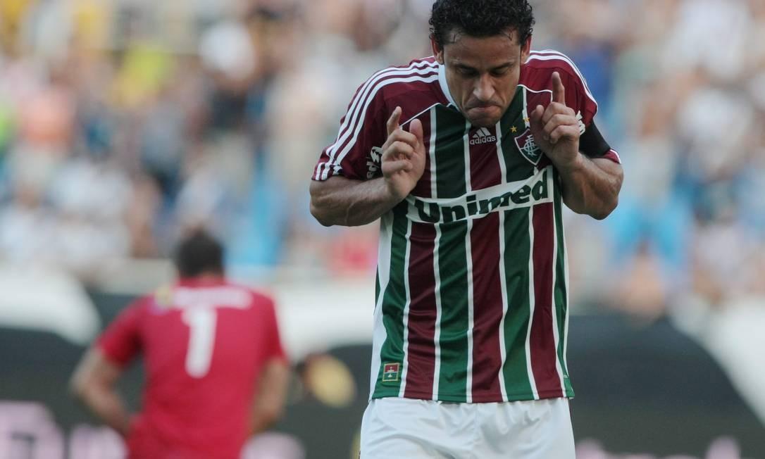 Fred dança para comemorar o primeiro gol do Fluminense Foto: Bruno Gonzalez/Extra