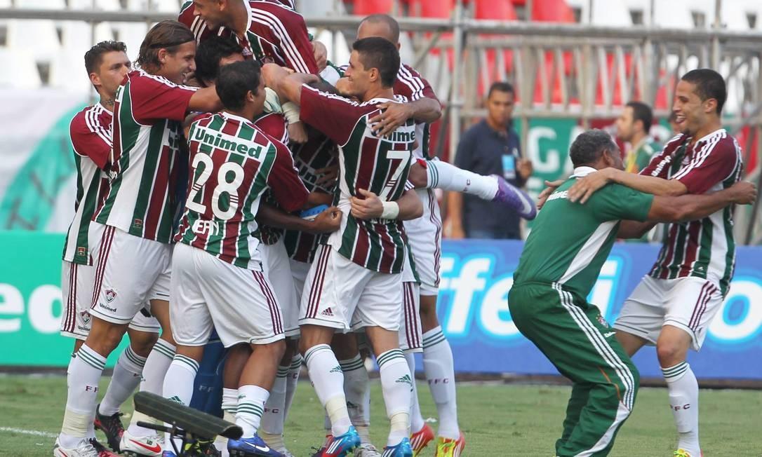 Festa tricolor no Engenhão. O Fluminense venceu por 3 a 0 Foto: Jorge William