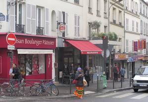 Rue de Belleville: depois de grandes fluxos migratórios no século XX, região do 20º arrondissement hoje tem na diversidade cultural a sua maior riqueza Foto: Cristina Massari / O Globo