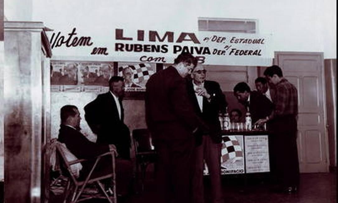 Foto da época da eleição, quando Rubens Paiva se candidatou a deputado federal Foto: Álbum de família