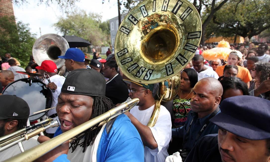 The Rebirth Brass Band toca nas ruas de Nova Orleans Foto: Jennifer Zdon / The New York Times
