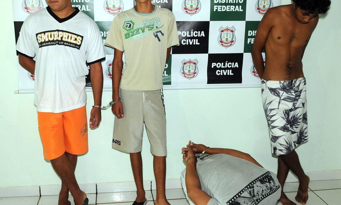 Polícia Civil prende acusados de atearem fogo em dois moradores de rua em Brasília Foto: Agência O Globo / Ed Alves/CB/D.A Press