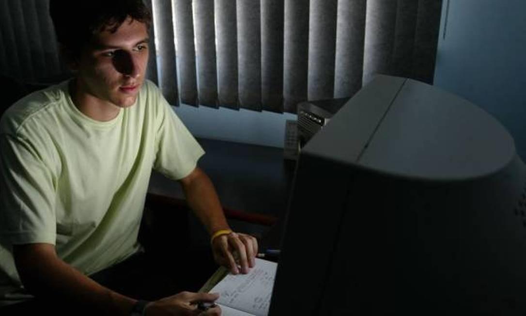 Segundo membro do Conselho de Educação do MEC, ensino à distância só é vantajoso para alguns alunos Foto: O Globo / Mônica Imbuzeiro