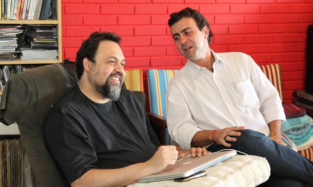 Marcelo Freixo, candidato do PSOL, convida o músico Marcelo Yuka para ser vice na sua chapa pelas eleições municipais deste ano Foto: O Globo / Carlos Ivan
