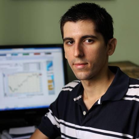 O universitário Jean-Philippe Bilger, aplica em ações desde 2008 Foto: Agência O Globo / Alexandre Cassiano