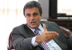 Ministro da Justiça, Eduardo Cardozo, diz que ação contra Curió não provoca inquietações nas Forças Armadas Foto: O Globo - 6/2/2012 / Ailton de Freitas