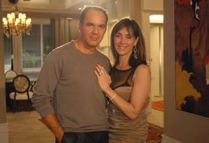 Ramiro (Humberto Martins) e Melissa (Christiane Torloni) em cena de 'Caminho das Índias' Foto: TV Globo/Thiago Prado Neris