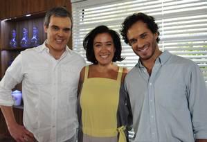 Griselda (Lilia Cabral), Guaracy (Paulo Rocha) e René (Dalton Vigh). Foto: TV Globo/Estevam Avellar