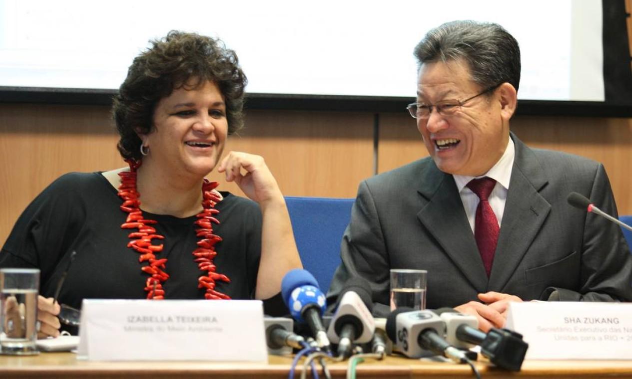 Ministra Izabella Teixeira: Ministra do Meio Ambiente, é co-presidente da Comissão Nacional para a Rio + 20. Funcionária de carreira do Ibama desde 1984, Izabella teve papel importante nas negociações climáticas nas Conferências da ONU de 2010, em Cancún, e 2011 em Durban. (Foto de 09/03/2012) Foto: Ailton de Freitas / Agência O Globo