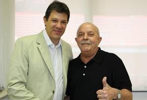 Haddad conversa com Lula no Hospital Sírio-Libanês Foto: Instituto Lula / Ricardo Stuckert
