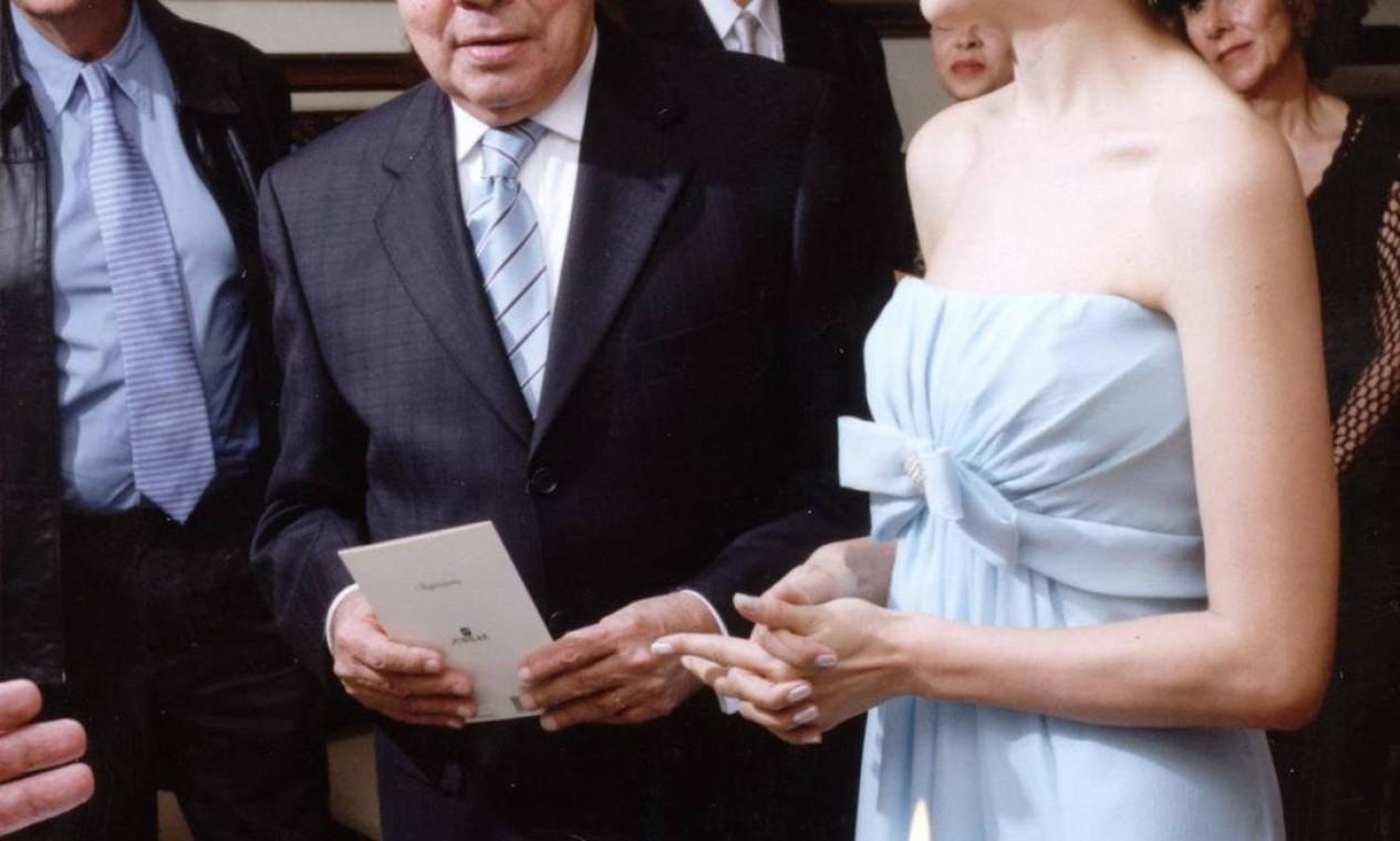 Casamento de Chico Anysio e Malga di Paula em 2001 Foto: Divulgação
