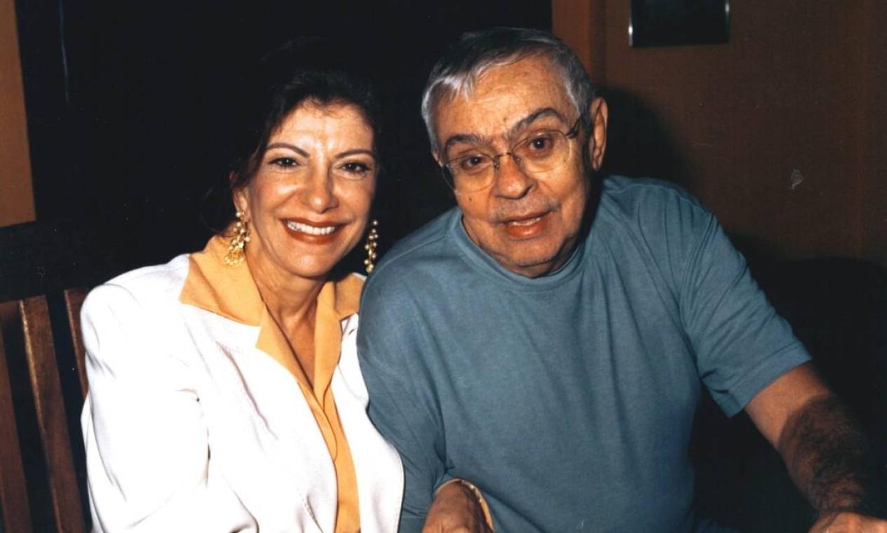 Marilia Pêra e Chico Anysio durante depoimento no MIS em 2002 Foto: Divulgação