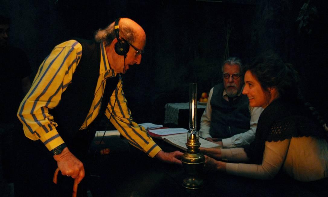 """Manoel de Oliveira dirige Michel Lonsdale e Leonor Silveira em """"O Gebo e a sombra"""": Jeanne Moreau e Claudia Cardinale estão no elenco Foto: Divulgação"""
