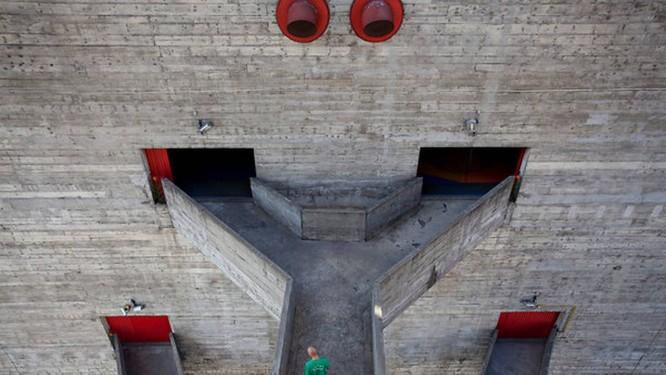Fachada do Sesc Pompéia, em Sâo Paulo Foto: Reprodução / New York Times
