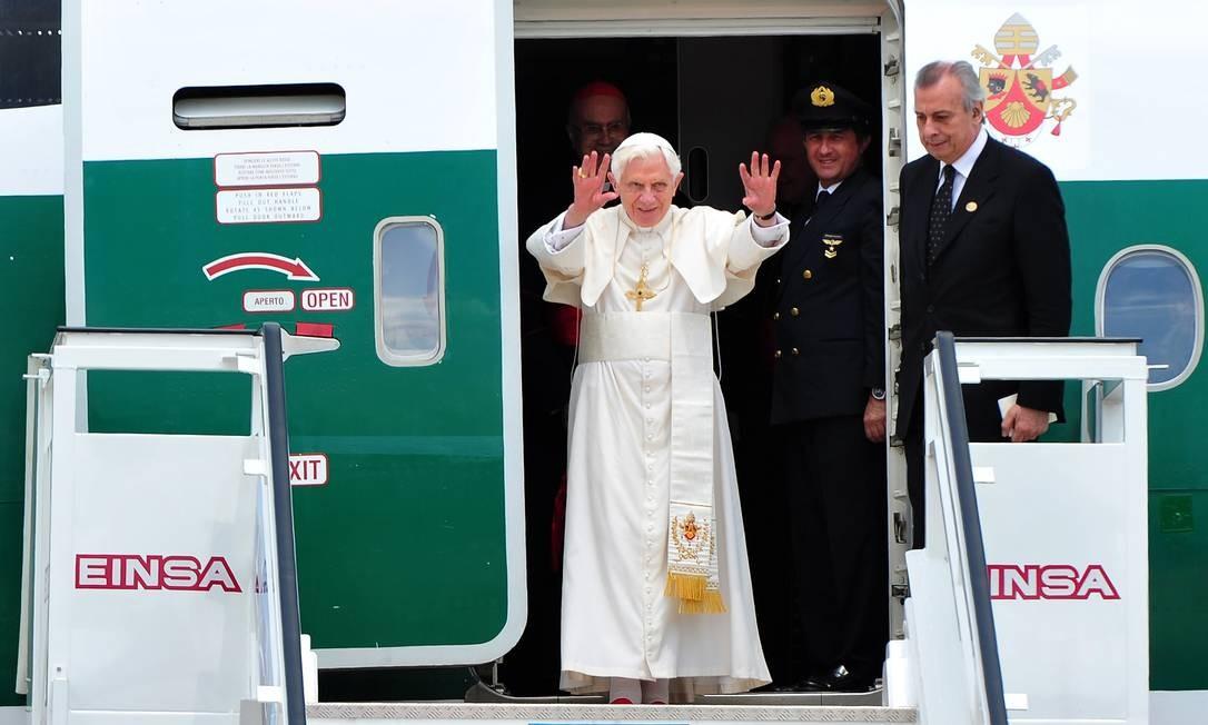 Papa desembarca em Havana, onde se encontrará formalmente com o presidente cubano, Raúl Castro Foto: Alberto Pizzoli/AFP
