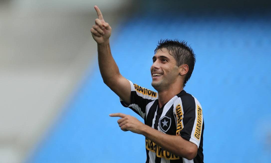 Fellype Gabriel comemora seu gol contra o Duque de Caxias no último sábado Foto: Alexandre Cassiano