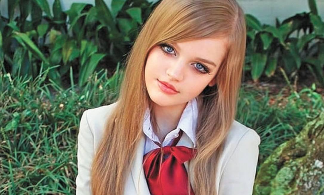 """A """"Barbie da vida real"""" Dakota Rose Reprodução"""