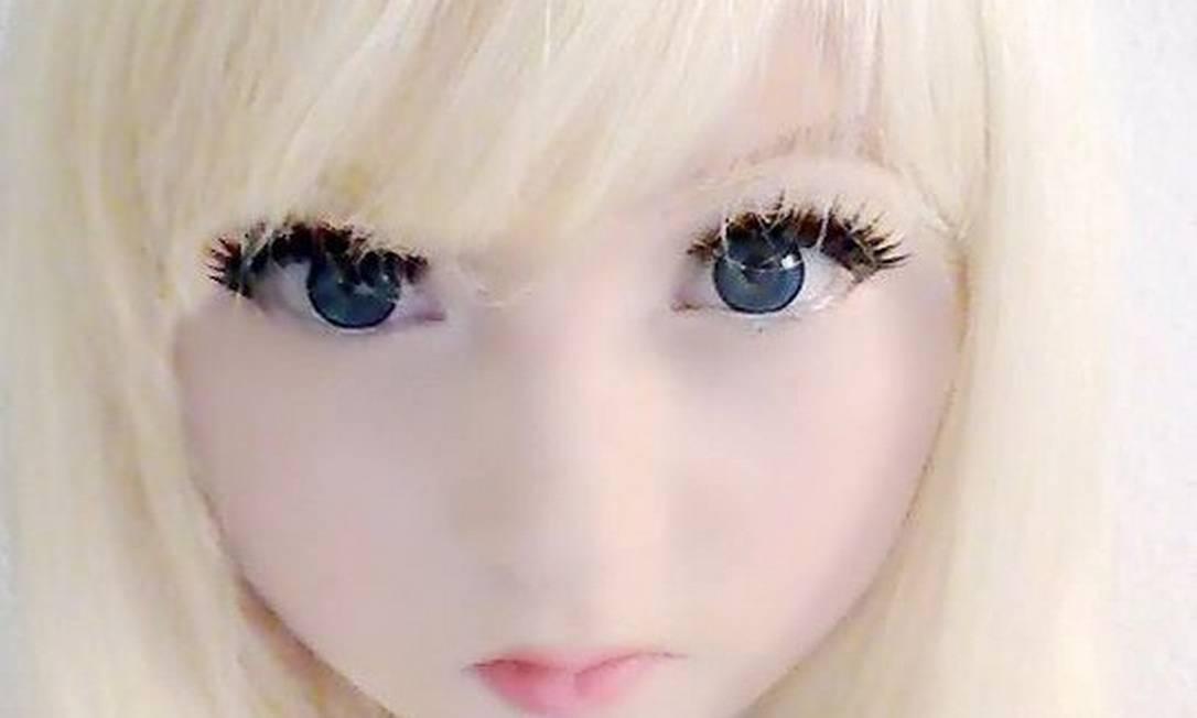 """Venus Angelic, de 15 anos, também é uma """"Barbie da vida real"""" Reprodução"""