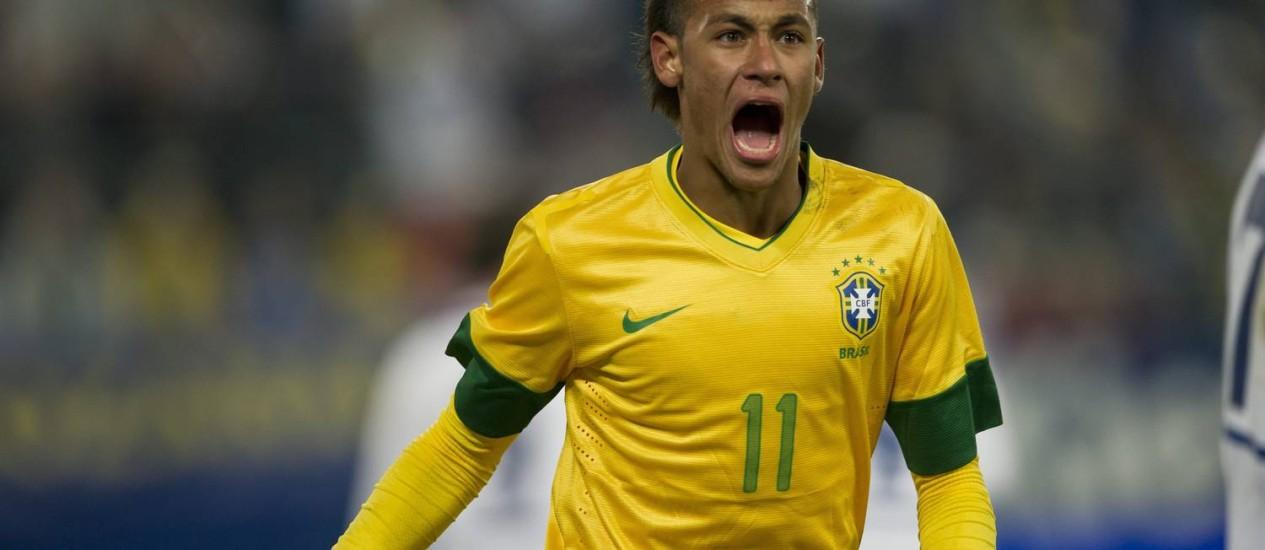 Neymar é uma das armas do time brasileiro em Londres e esperança de maturidade plena para a Copa de 2014 Foto: Ennio Leanza / AP