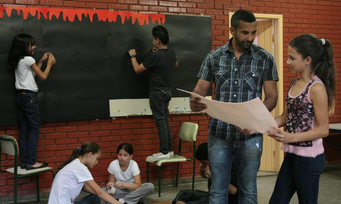 Projeto faz sucesso em escola da Zona Leste de São Paulo Foto: Marcos Alves / O Globo