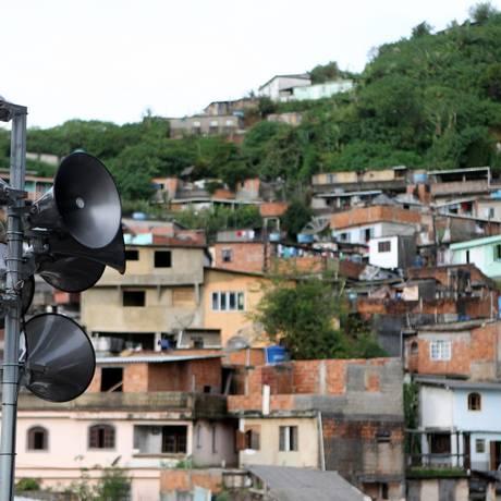 Sirene do sistema de alerta de desastres no bairro Rosário, Teresópolis Foto: Agência O Globo/Robertro do Rosário