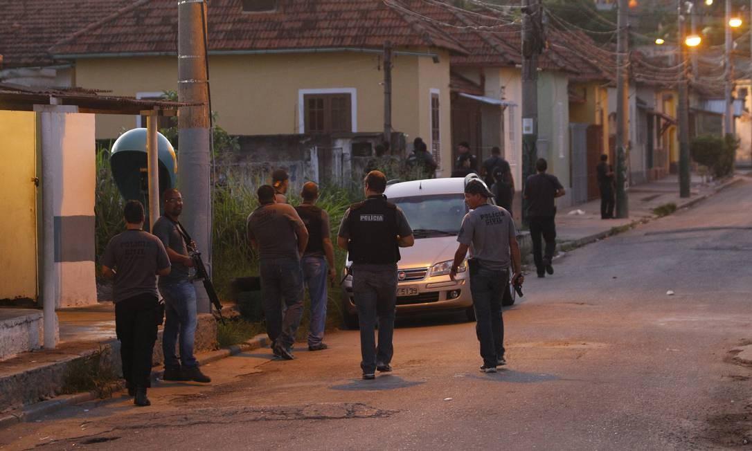 O tráfico Morro da Coruja, que fica no limite com Niterói, é comandado por Maico dos Santos de Souza, o Gaguinho, que é do Complexo do Alemão, no Rio Foto: O Globo / Fernando Quevedo