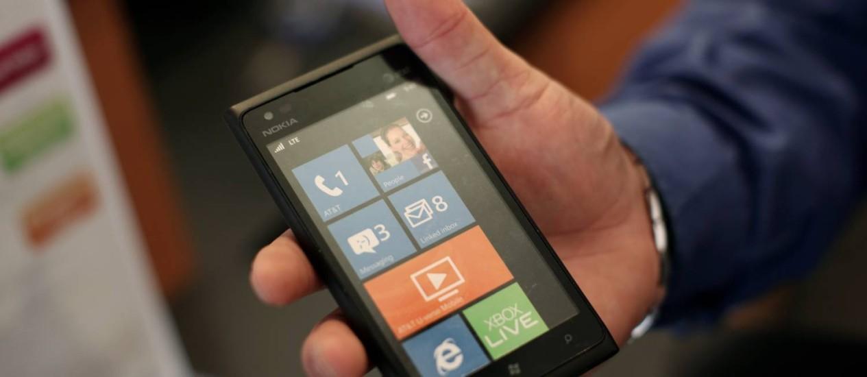 Lumia 900, aparelho da nokia que apresentou bug Foto: Reuters