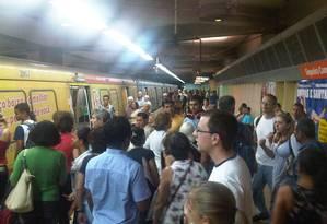 Pane na estação de metrô Siqueira Campos, no mês passado Foto: Leitor Fabiano Bordallo / Eu-repórter