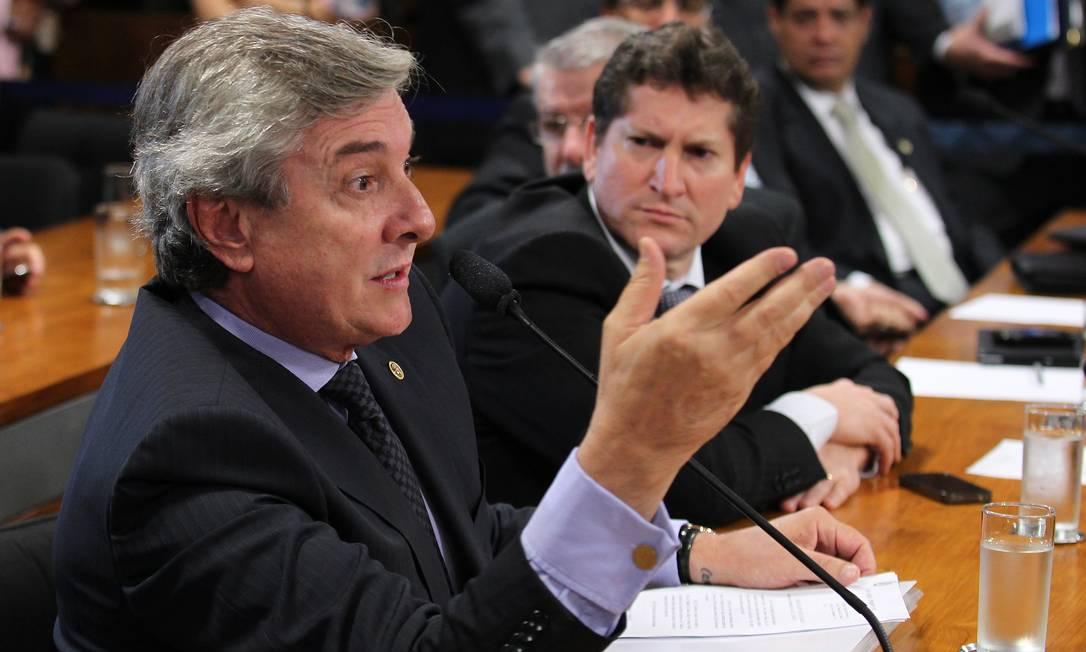O senador Fernando Collor (PTB-AL) Foto: Ailton de Freitas / O Globo