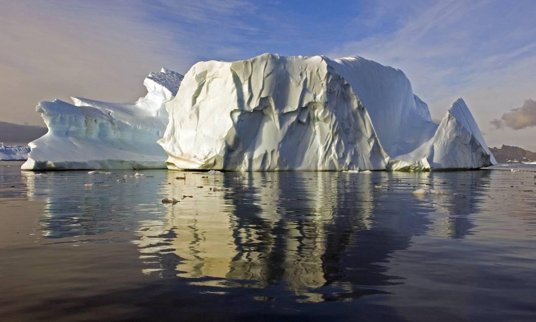 Derretimento de gelo na Antártica foi analisado por especialistas Foto: AFP/17-7-2008