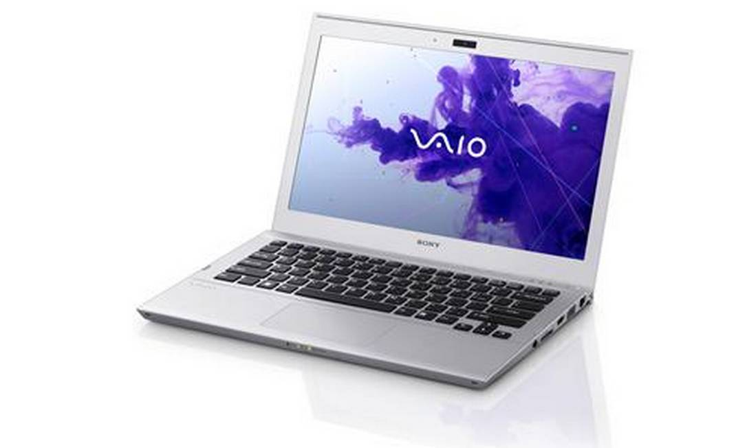 Sony lança o seu primeiro ultrabook, o VAIO SVT1311M1E Foto: Divulgação