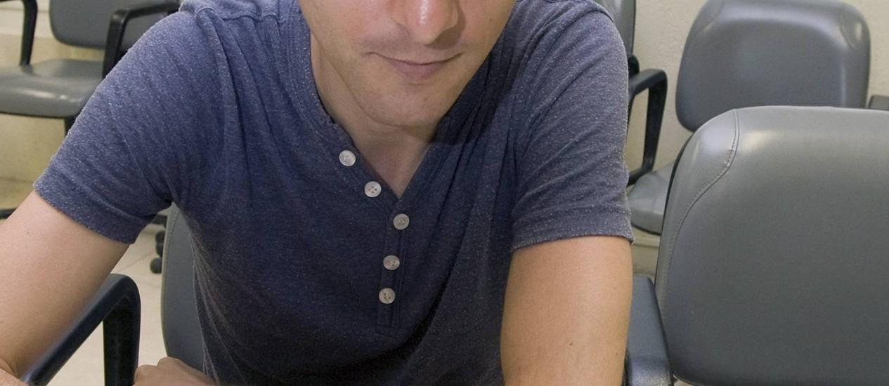 NEIL HARBISSON: olho eletrônico tornou-o o primeiro ciborgue reconhecido oficialmente no mundo Foto: Hans von Manteuffel