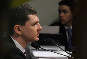 O delegado da Polícia Federal Raul Alexandre Souza falou à CPI do Cachoeira Foto: O Globo / Ailton de Freitas