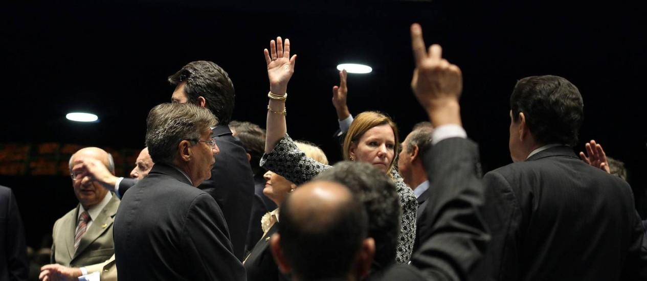 Lei Geral da Copa é aprovada no Senado e segue para sanção da presidente Dilma Foto: Ailton de Freitas/AgênciaOglobo