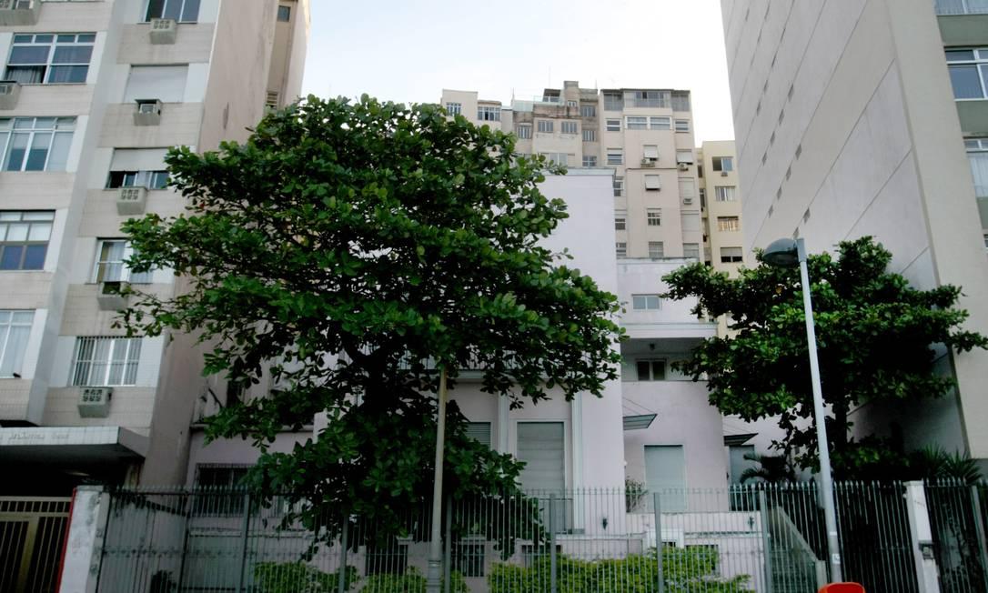 Penúltima casa da orla de Copacabana é posta à venda por R$ 29,8 milhões Foto: Guilherme Leporace / O Globo