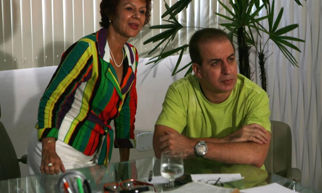A prefeita de São Gonçalo, Aparecida Panisset, e o irmão Márcio Panisset, secretário de Saúde do município Foto: Arquivo Extra - 13/03/2009 / Guilherme Pinto
