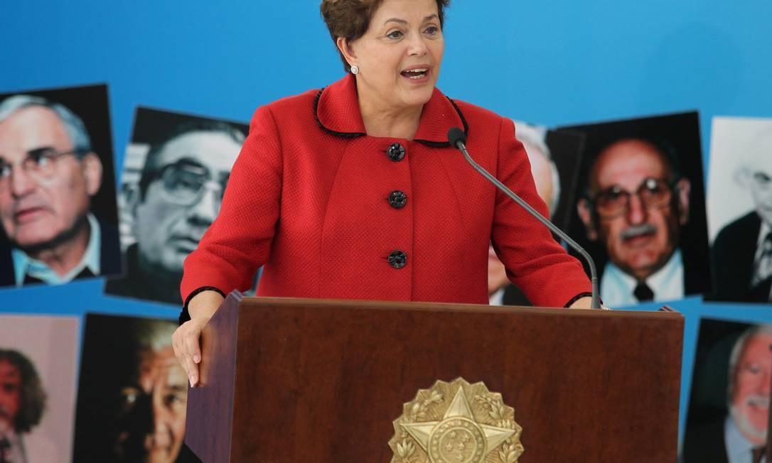 Dilma diz que vai doar indenização do governo do Estado do Rio par o grupo Tortura Nunca Mais Foto: O Globo 17/05/2012 / Ailton de Freitas