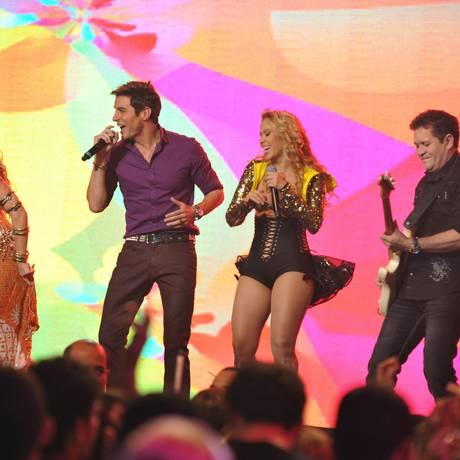 """Banda Calypso faz participação em """"Cheias de charme"""" Foto: TV Globo/ Matheus Cabral"""