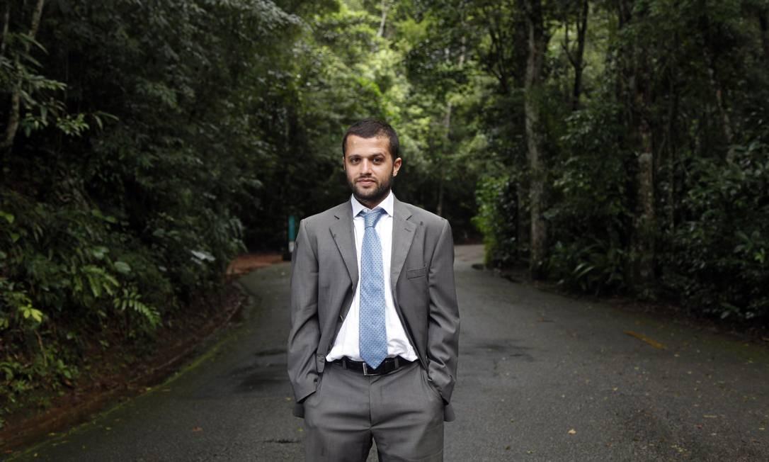 O advogado Marcos Rangel, especialista em direito ambiental e proprietário de empresa de compostagem: ele trabalha para transformar resíduos orgânicos em adubo ambientalmente correto Foto: Fábo Rossi / O Globo