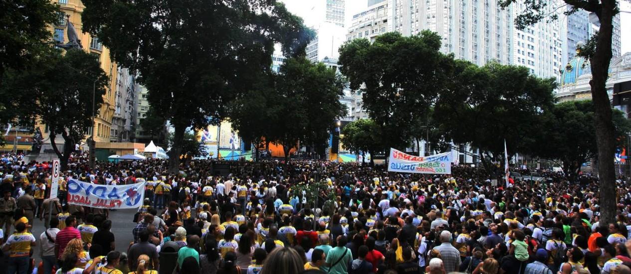 Marcha para Jesus reuniu cerca de 300 mil pessoas neste sábado, no Centro Foto: Luiz Ackermann / O Globo