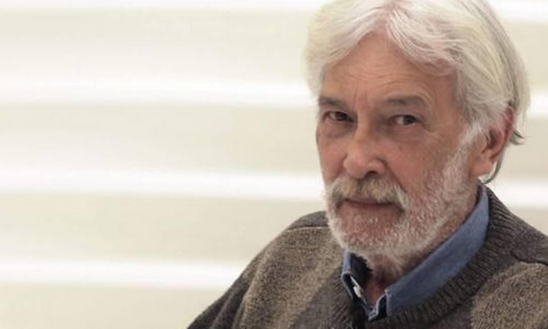 Cabo Anselmo durante entrevista ao programa Roda Viva, em outubro de 2011 Foto: Arquivo O Globo / Eliária Andrade