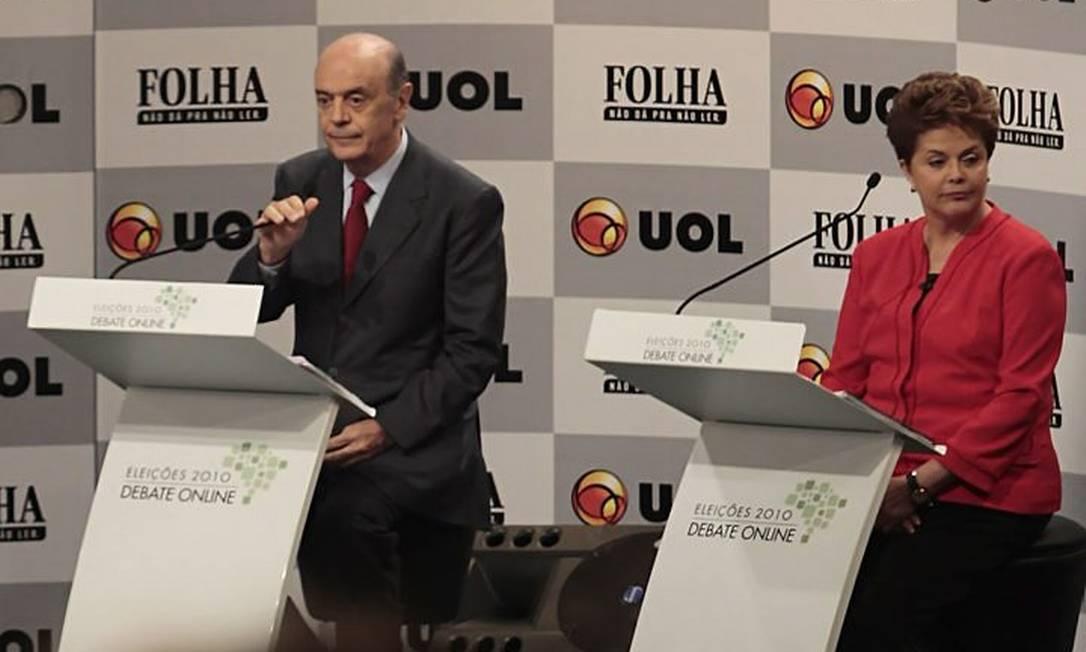José Serra e Dilma Rousseff durante o debate dos presidenciáveis na manhã desta quarta-feira - Foto: Marcos Alves