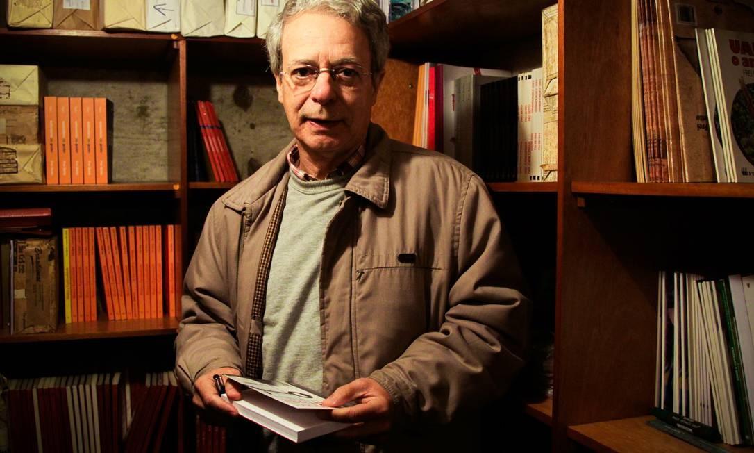 Frei Betto alerta para o risco de a vaidade atrapalhar o andamento do trabalho da Comissão da Verdade Foto: O Globo / Marcos Alves