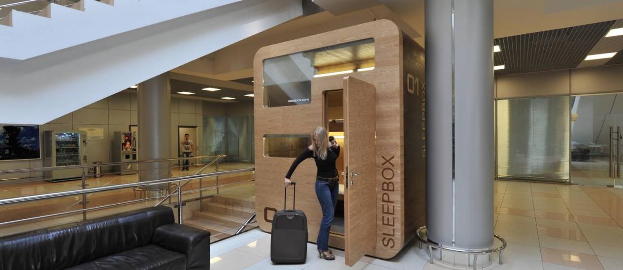 Caixa projetada em madeira, para quem quer tirar um cochilo Foto: Divulgação