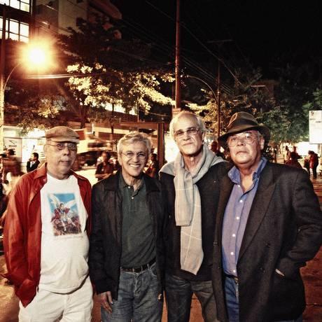 A partir da esquerda, Macalé, Caetano, Tutty Moreno e Aureo Foto: Leonardo Aversa